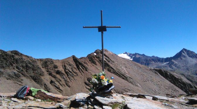 Passo di Pietra Rossa 2958 m